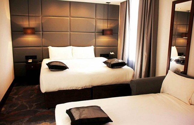 Deluxe Triple room - Continental Breakfast